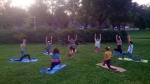 Guerina Pellizzi - Studio Pleinement Yoga - yoga au parc